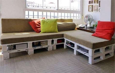 pallet sectional sofa diy pallet sectional sofa for living room 99 pallets