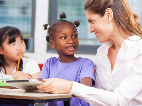 How Teachers Can Connect With Their Students In The Digital Age  Teach Away