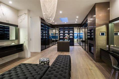 Best Closet In The World by 37 Luxury Walk In Closet Design Ideas And Pictures