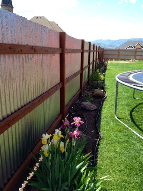 Cheap Backyard Fence Ideas by Best 25 Cheap Privacy Fence Ideas On Fenced