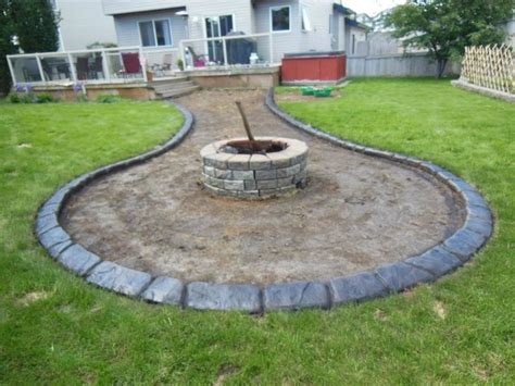 The 25+ Best Concrete Garden Edging Ideas On Pinterest