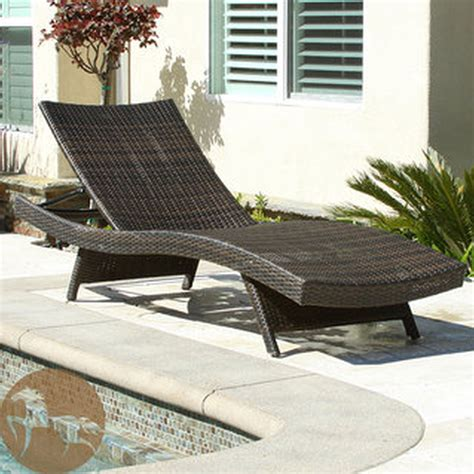 Top 15 Of Wicker Chaise Lounge Chairs For Outdoor