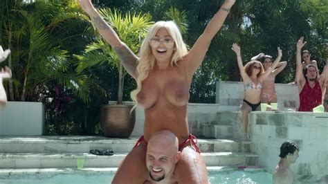 Crazy Pool Party Turns Into Threesome Sex In The Shower Room