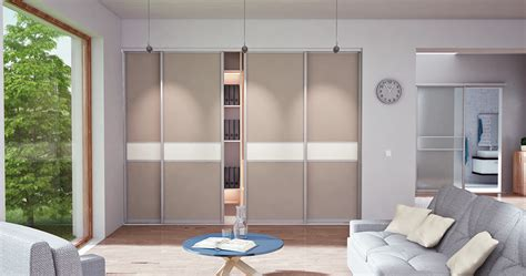 schiebetüren für schrank kleiderschrank im wohnzimmer bestseller shop f 252 r m 246 bel und einrichtungen