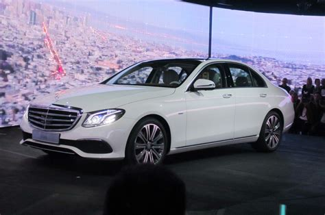 mercedes classic 2017 2017 mercedes benz e class first look motor trend