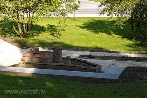 Kandavas bruņinieku pils makets - redzet.eu
