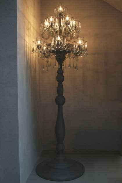 Swish Pattern Wall With Standing Chandelier Floor Lamp