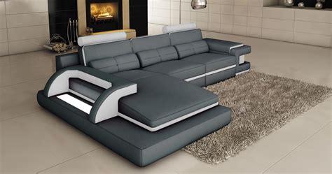 deco in 2 canape d angle cuir gris et blanc design avec lumiere ibiza angle gauche ibiza