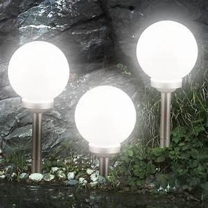 Amazon Gartenleuchten Led : 3er set led gartenleuchten solarkugel solarlampenset ~ Michelbontemps.com Haus und Dekorationen