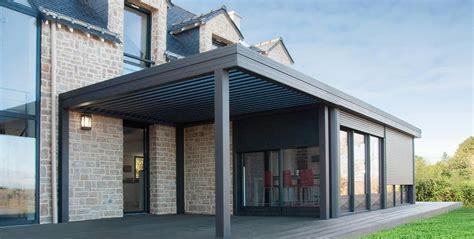 überdachung terrasse alu pergola aluminium et toiture plate v 233 randa aluminium wallis toiture bso pergola en 2019