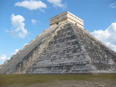 Filepiramide De Kukulcanjpg  Wikimedia Commons