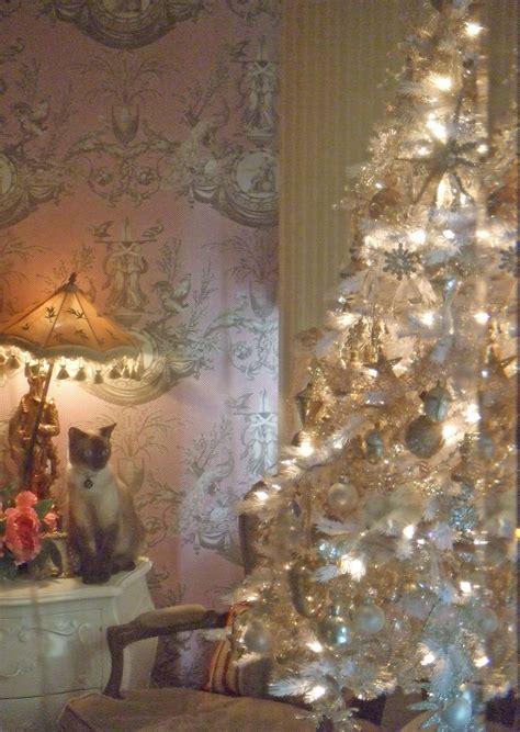 posh kitty  christmas tree photo  brendagay pink