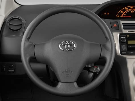 Toyota Steering Wheel by Image 2011 Toyota Yaris 3dr Lb Auto Gs Steering Wheel