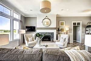 Celebrity Builders - Traditional - Living Room - grand