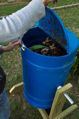 como crear nuestra compostera giratoria reciclando materiales