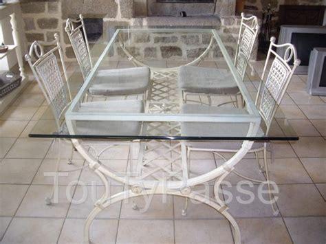 chaise bois et chiffon table avec plateau en verre et 4 chaises en fer forgé quot bois et chiffons quot plonévez porzay 29550