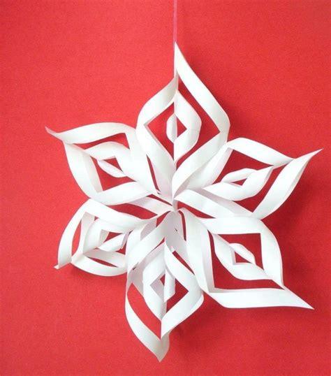 einfache sterne basteln für weihnachten papier basteln eine schnelle idee zu weihnachten weihnachten sterne