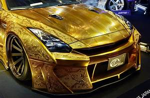 $1 million gold plated car unveiled in Dubai