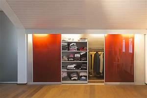 Begehbarer Kleiderschrank Weiß : schrank in der dachschr ge nach mass dachschr genschrank mit innenbeleuchtung und transparenten ~ Orissabook.com Haus und Dekorationen