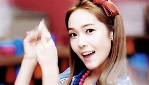 Girls Generation Wink GIF - Find & Share on GIPHY