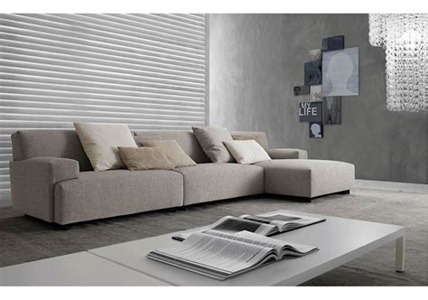 Prezzi Divani Poliform divani poliform design e qualit 224 divani moderni