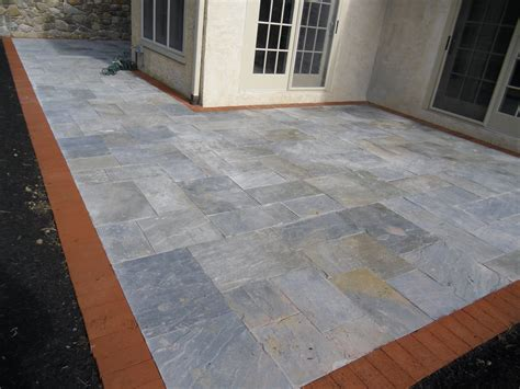 Virginia Flagstone Patio with Brick Border