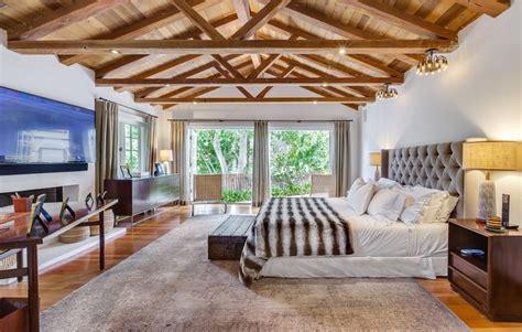 celebrity bedrooms beyonce zooey deschanel nicole richie   glamour
