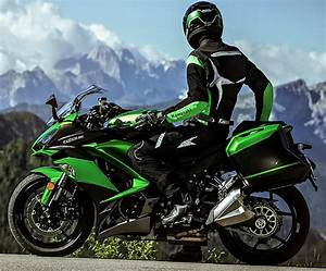 Assurance Amv Moto : kawasaki z 1000 sx tourer 2017 fiche moto motoplanete ~ Medecine-chirurgie-esthetiques.com Avis de Voitures