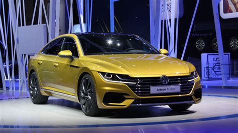 volkswagen arteon swoopy coupe styling interior