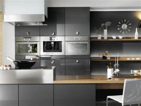 cuisine blanche et mur gris cuisine blanche mur aubergine 6 modele cuisine gris