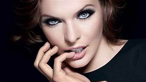 Top 10 Most Beautiful Eyes in The World 2018 | World's Top ...