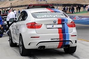Pack Safety Bmw : bmw x6m motogp safety car hootan drive ~ Gottalentnigeria.com Avis de Voitures