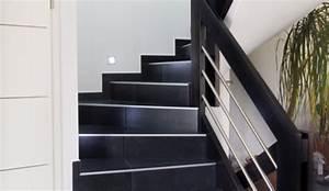 renovation marches escalier awesome escalier en bois qui With superb peindre des marches d escalier en bois 1 deco escalier ancien