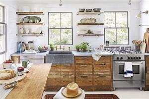 1001 idees pour amenager une cuisine campagne chic charmante for Deco cuisine avec meuble en bois
