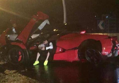 ferrari laferrari crash teenager crashes laferrari in china heavy damage