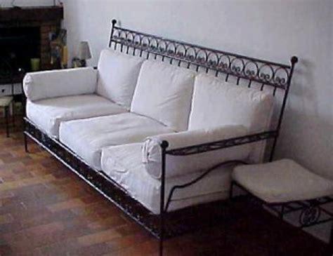 canapé lit en fer forgé photos canapé en fer forgé pas cher