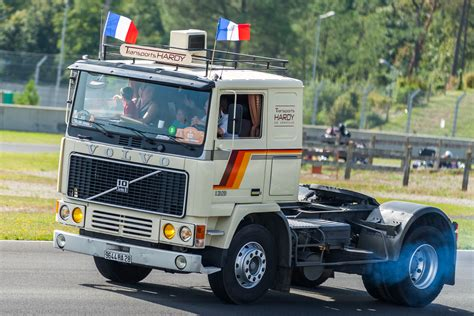 old volvo trucks old truck pictures classic semi trucks photo galleries