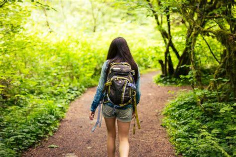 basic backpacking tips  traveler create  travel plan