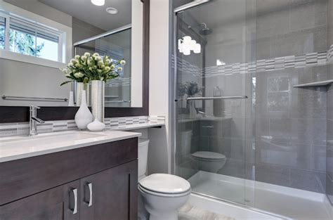 Kleines Langes Bad Renovieren by How Much Does A Bathroom Remodel Cost Bay Cities