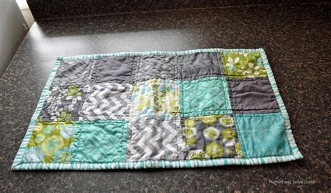 simple table runner patterns simple table runners by richard healey quilting pattern