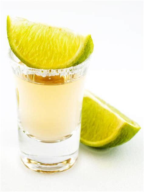 Cómo Tomar Un Chupito Sexy Tequila  10 Pasos Uncomo