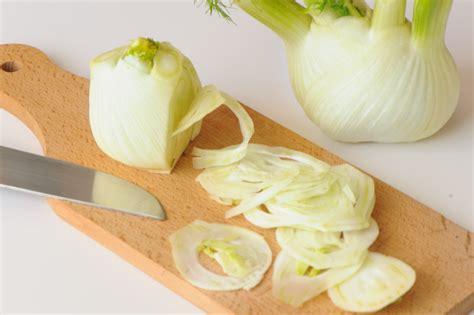 cuisiner le fenouil cru cuisinons les legumes recettes et idées pour manger plus