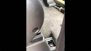 Drivers Seat Removal   2005-2007   Nissan Pathfinder