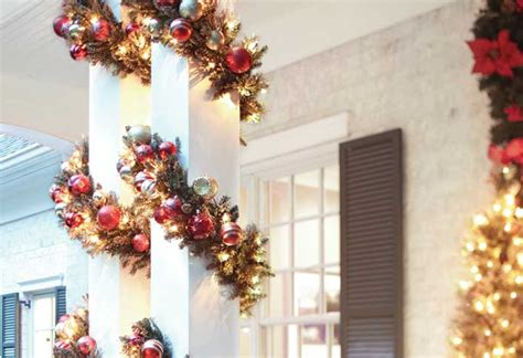 creative ways  decorate  christmas lights