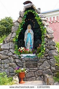 cement grotto - Google Search   Mama Mary's Grottos ...