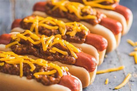Hot Dog Chain Wienerschnitzel Opens Up Its First Houston