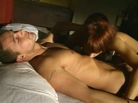 Sizzling Hot Redhead Milf Babe Gives Amazing Blowjob