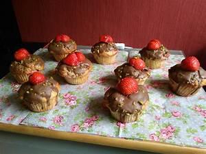 Bananen Joghurt Muffins : erdbeer joghurt muffins rezept mit bild von whooly ~ Lizthompson.info Haus und Dekorationen
