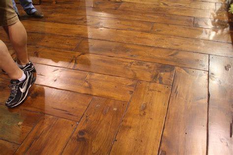 Four Factors To Determine The Best Laminate Flooring Brand