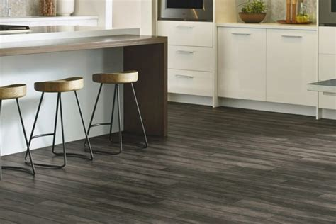 Luxury Vinyl Tile & Plank Flooring   Armstrong Flooring